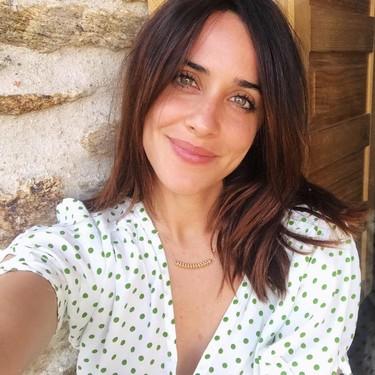 El vestido corto que ha llevado Macarena García nos confirma que el nido de abeja es la tendencia que mejor sienta