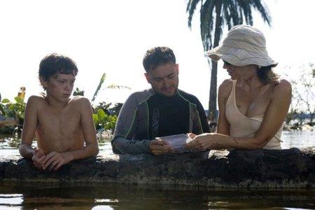 Tom Holland, J.A. Bayona y Naomi Watts en el rodaje de Lo Imposible