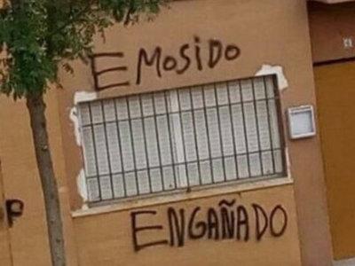 31 pintadas callejeras que muestran el poeta que todos los hispanohablantes llevamos dentro