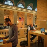 """¿Se está reduciendo el """"efecto imán"""" de las Apple Store en los centros comerciales estadounidenses?"""