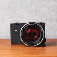 Zhong Yi Optics Mitakon Speedmaster 50mm F 09.5 III: el popular objetivo luminoso llega a la montura L