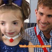 Este chico está conquistando las redes dando voz a todos los niños con las enfermedades más raras del mundo