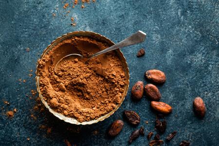 No todos los cacaos en polvo son iguales: cuántos tipos hay, en qué se diferencian y cómo usarlos en nuestras recetas