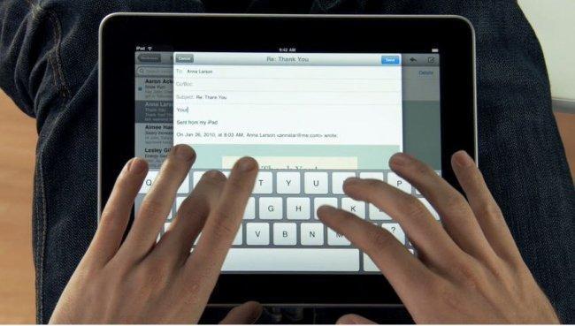 Tecleando en un iPad