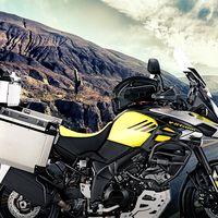 Kappa viste de aventura la Suzuki V-Strom 1000 y a su versión offroad, la V-Strom  XT