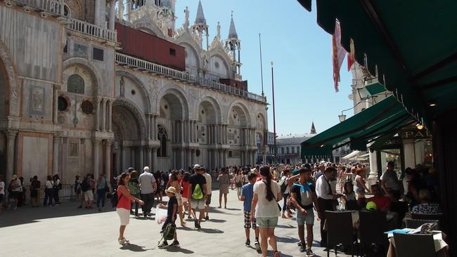 Semaforos En Venecia Para Controlar La Masificacion Turistica