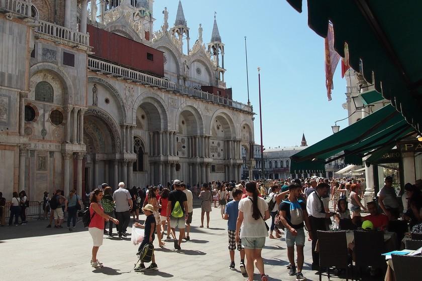 Semáforos en Venecia para controlar la masificación turística