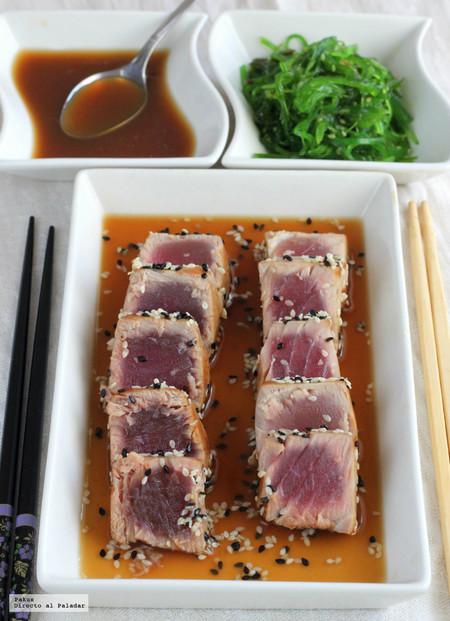 Tataki de atún con salsa ponzu. Receta oriental
