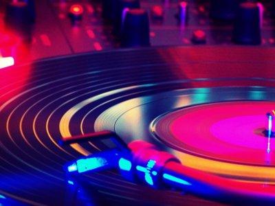 'Dance Electronic Music': historia y cultura de la electrónica