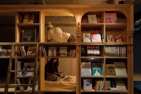 La librería-hostal donde puedes pasar la noche rodeado de libros