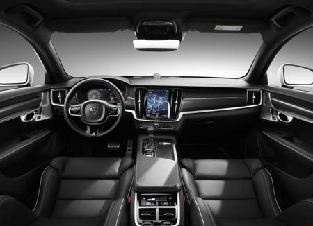 Volvo S90 R Design 11