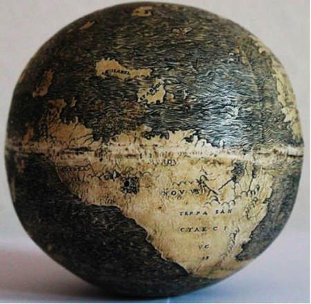 El globo terráqueo más antiguo de América está representado en un huevo de avestruz