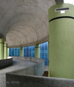 Sistema de guía en interiores de edificios de la mano de estudiantes españoles