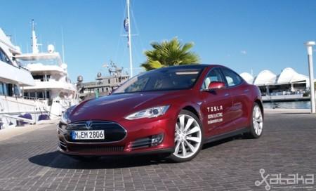 Tesla Model S prueba en Ibiza (en La Marina)