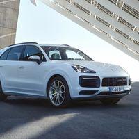 El Porsche Cayenne E-Hybrid es un SUV de altas prestaciones que rinde 30 km/l