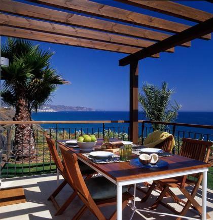 Decora tu terraza: La iluminación