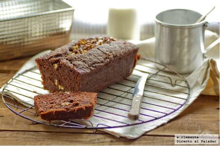 Receta de cake de chocolate, calabacín y nueces, un bizcocho jugoso para alegrar la merienda