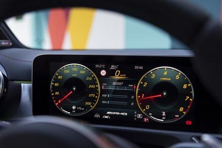 Mercedes-AMG A45 S cuadro digital