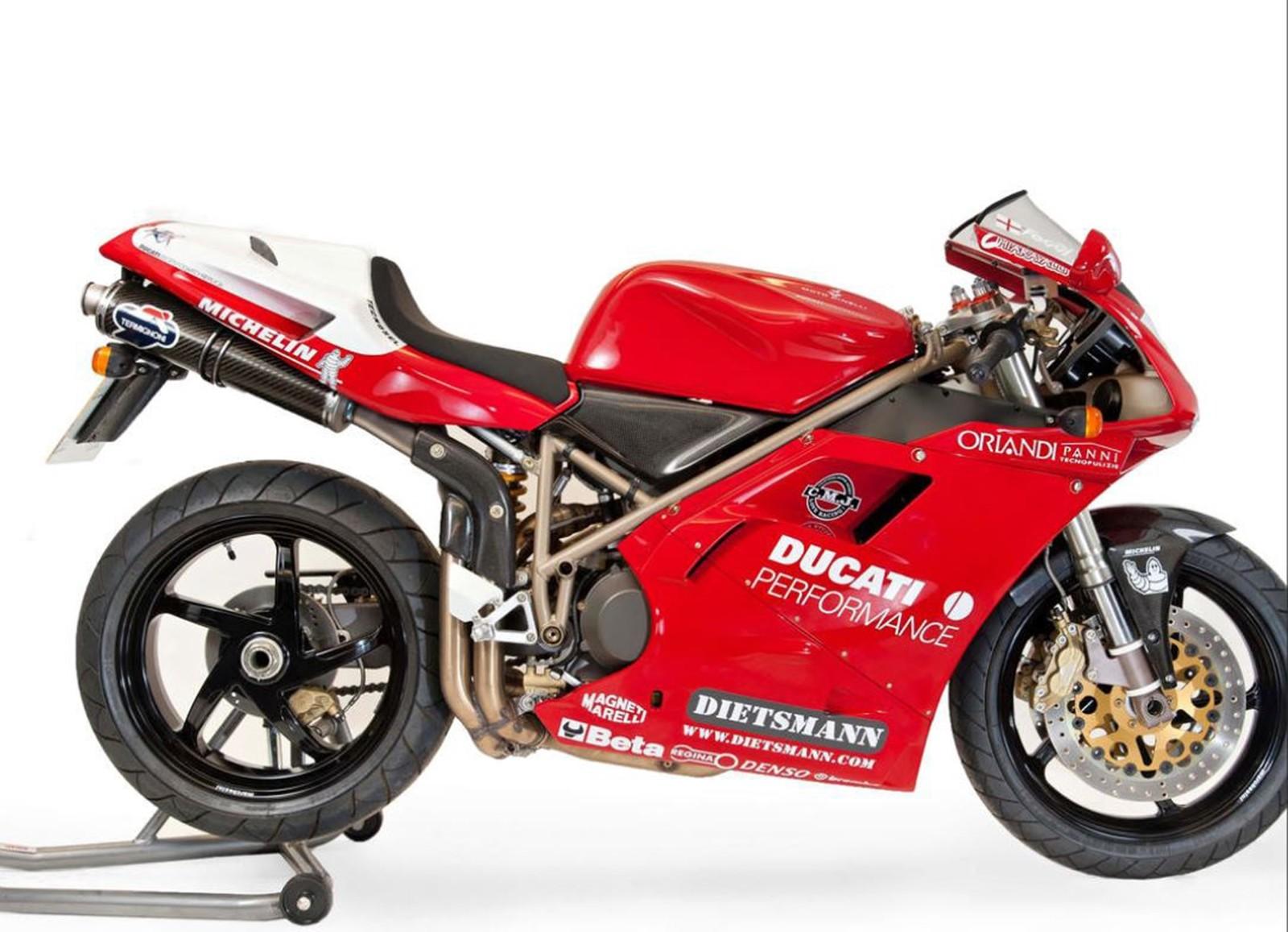 Foto de Ducati Panigale V4 25° Anniversario 916 (68/73)