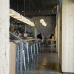 Seis Ocho, a la hora de comer estilo industrial cerca del centro de Madrid