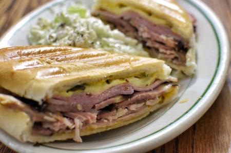 Recetas para toda la familia: sándwiches americanos, pizzas rústicas y más cosas deliciosas
