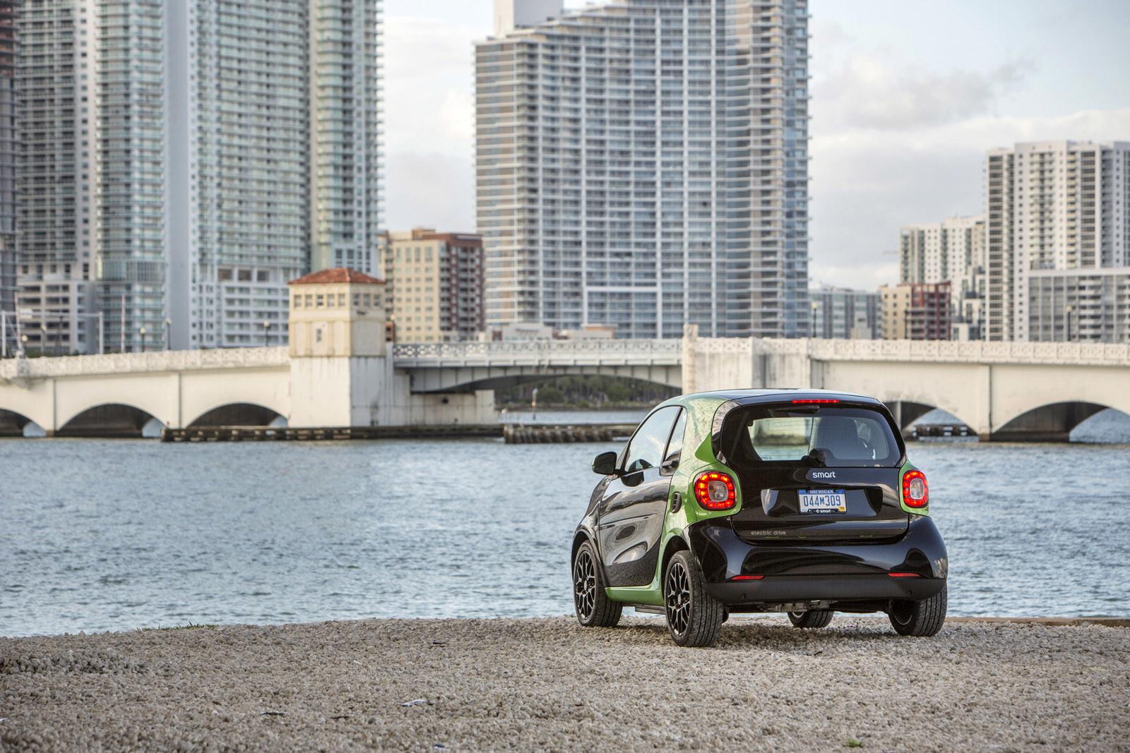Foto de smart fortwo Electric Drive, toma de contacto (251/313)