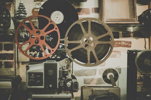 Luces, cámara y ¡acción!: 13 servicios y canales de YouTube para aprender sobre cine
