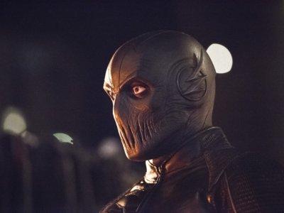 Edición USA: Bajón de 'Supergirl', 'The Flash' crece, Twin Peaks' aplazada, cambios de showrunner y más