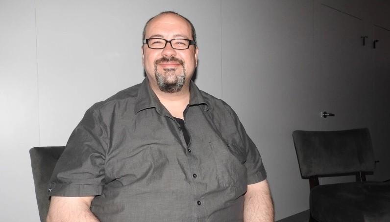 El director narrativo de Horizon: Zero Dawn abandona Guerrilla Games y ficha por un estudio español para trabajar en un triple A