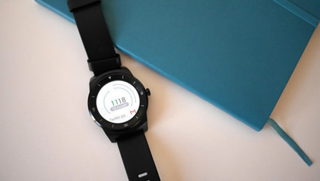 Watchfaces interactivas y comunicación entre relojes dentro de poco en Android Wear