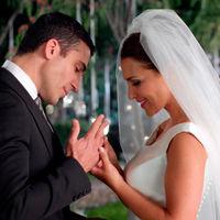 'Velvet' termina en boda y el vestido de novia de Ana Ribera lo firma Rosa Clará