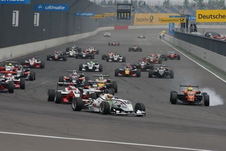 Jules Bianchi y Christian Vietoris ganan en el EuroSpeedway de Lausitz