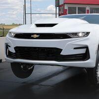 El nuevo Chevrolet COPO Camaro vuelve a la carga con un gigantesco motor V8 de 9.4 litros, y sin limitar su producción