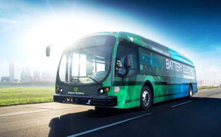 Este autobús eléctrico tiene una autonomía de 563 kilómetros por carga y circulará en 2017