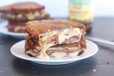 Sandwich Lacón