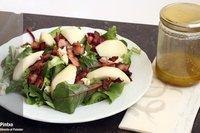 Ensalada de gorgonzola y pera con vinagreta de pistachos. Receta