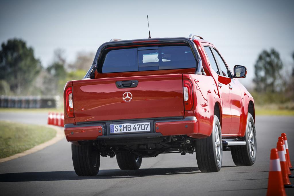Mercedes-Benz Clase X, primeras impresiones a bordo