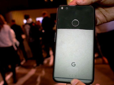 Lo único HTC en los Google Pixel es la batería, según iFixit