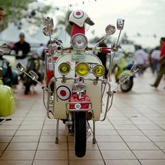 Foto 6 de 14 de la galería scooter-clasicos-faros-y-retrovisores-a-go-go en Motorpasion Moto