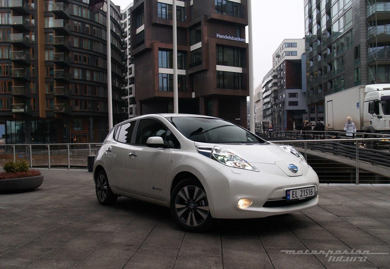 Foto de Nissan LEAF 2013 (presentación) (38/39)