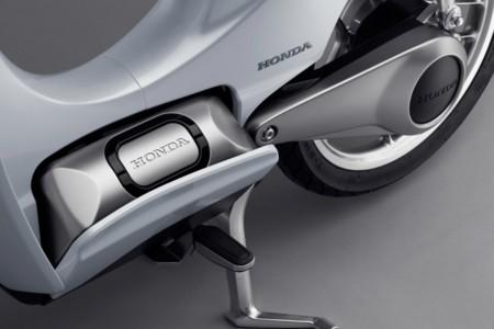 Honda Ev Cub Concept Battery 1500x1000 1 970x647 C