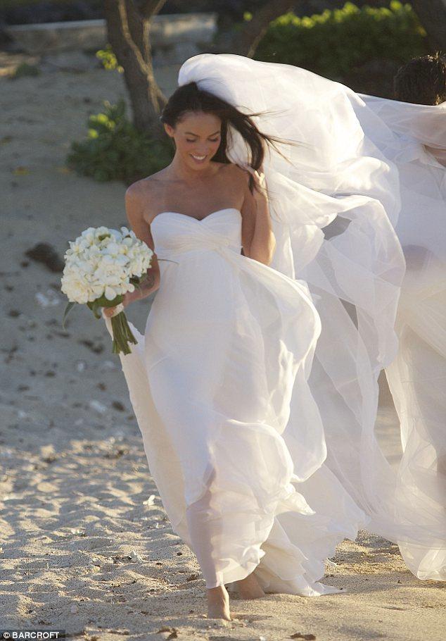 Foto de El vestido de novia de Megan Fox en su boda secreta (1/7)