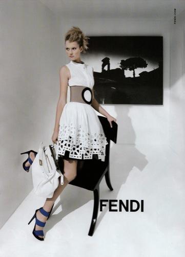 Fendi, campaña Primavera-Verano 2009 por Karl Lagerfeld