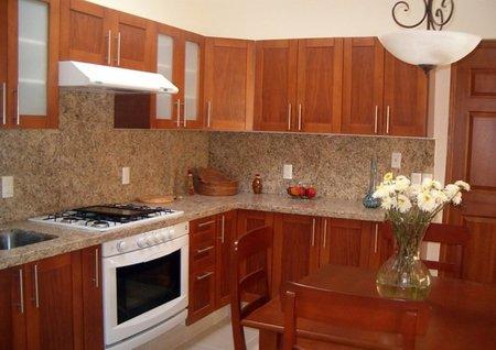 Vuelve la piedra natural a las cocinas - Colores de granito para cocinas ...