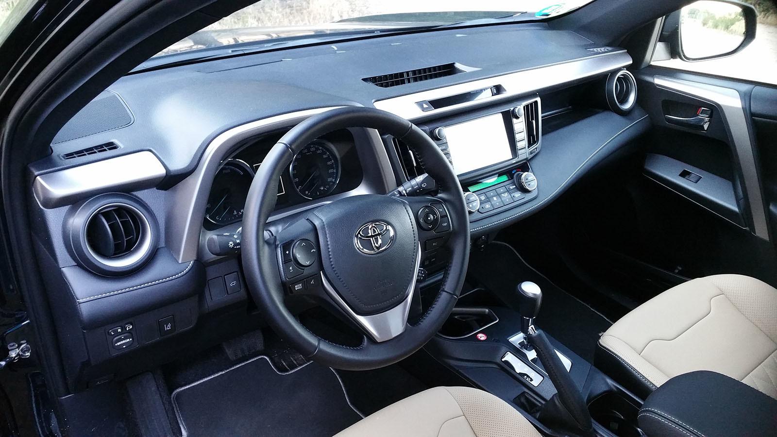 Foto de Nos metemos campo a través con el Toyota RAV4 hybrid 2WD-Interiores (1/34)