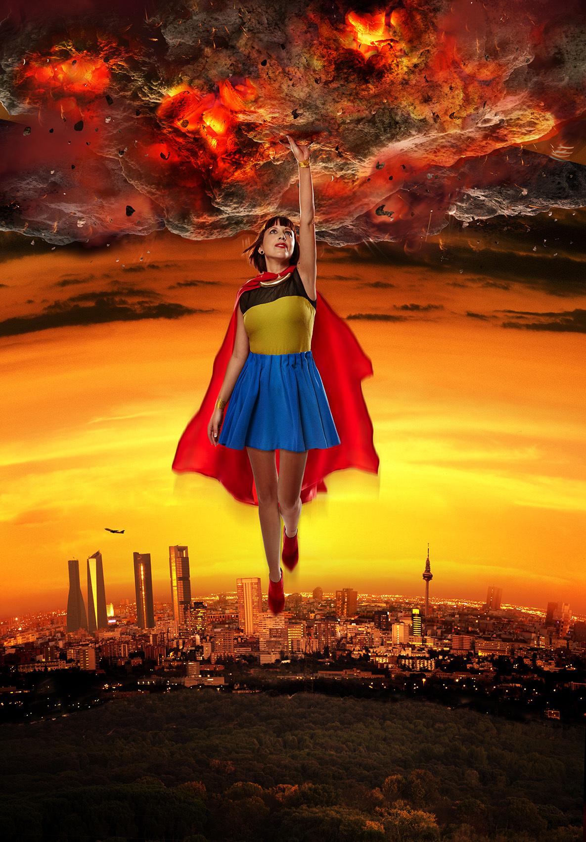 Superwoman De Buckler 0 0 8 8