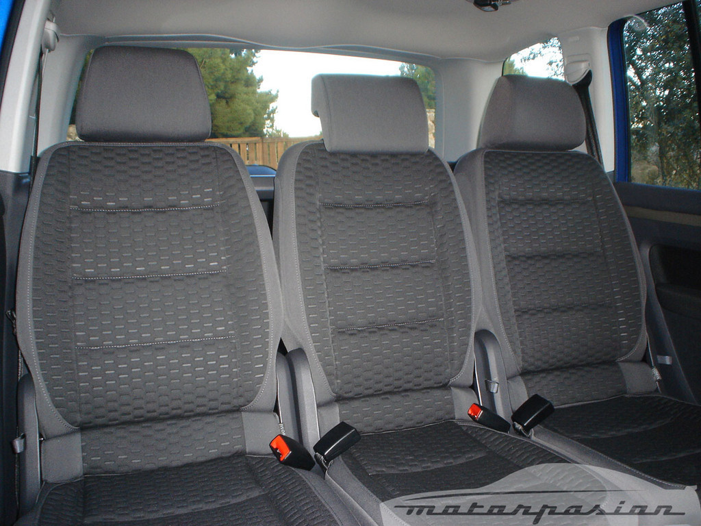 Foto de SEAT Altea XL contra Volkswagen Touran  (18/36)