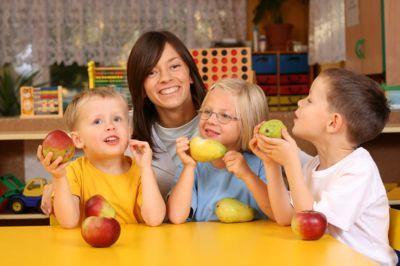 Frutas y verduras relacionadas con el éxito escolar