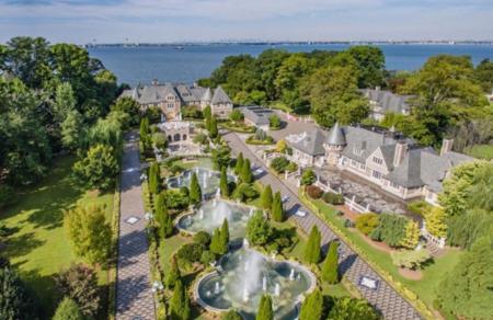 Si quieres vivir en la mansión del Gran Gatsby, está de oferta por unos 80 millones de euros