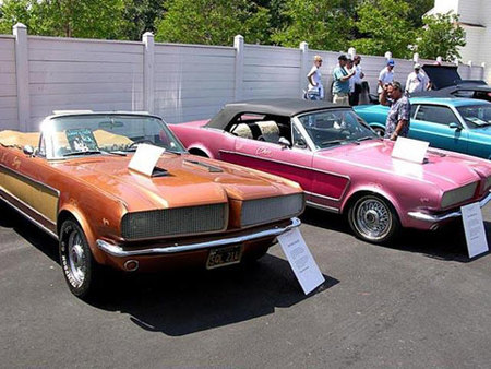 Los extraños Ford Mustang de Sonny & Cher a la venta